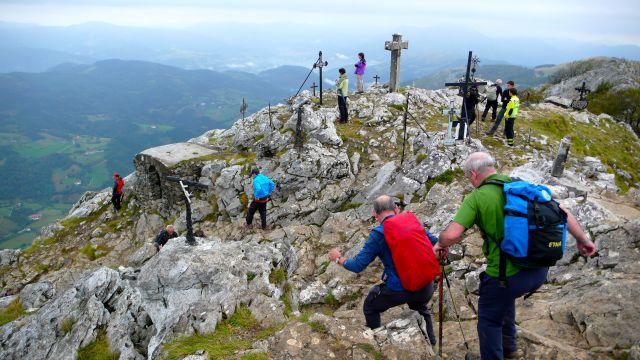Salida para celebrar apertura de rutas de montaña